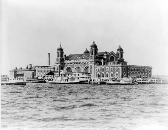 Ellis Island Credit: ©1905 A. Loeffler. Library of Congress, Prints and Photographs Division [reproduction number LC-USZ62-37784].