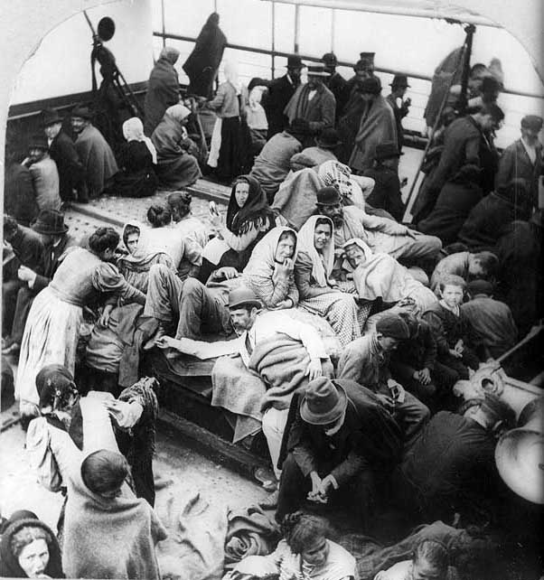 Government inspectors boarded ships from foreign ports to identify passengers with infectious diseases. Credit: ©1902 William H. Rau. Library of Congress, Prints and Photographs Division [reproduction number LC-USZ62-7307].