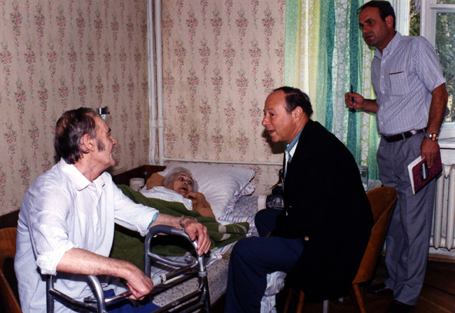 Paul and Vitaly visiting Arkady and Evgenia Rosenberg in their apartment in Kiev